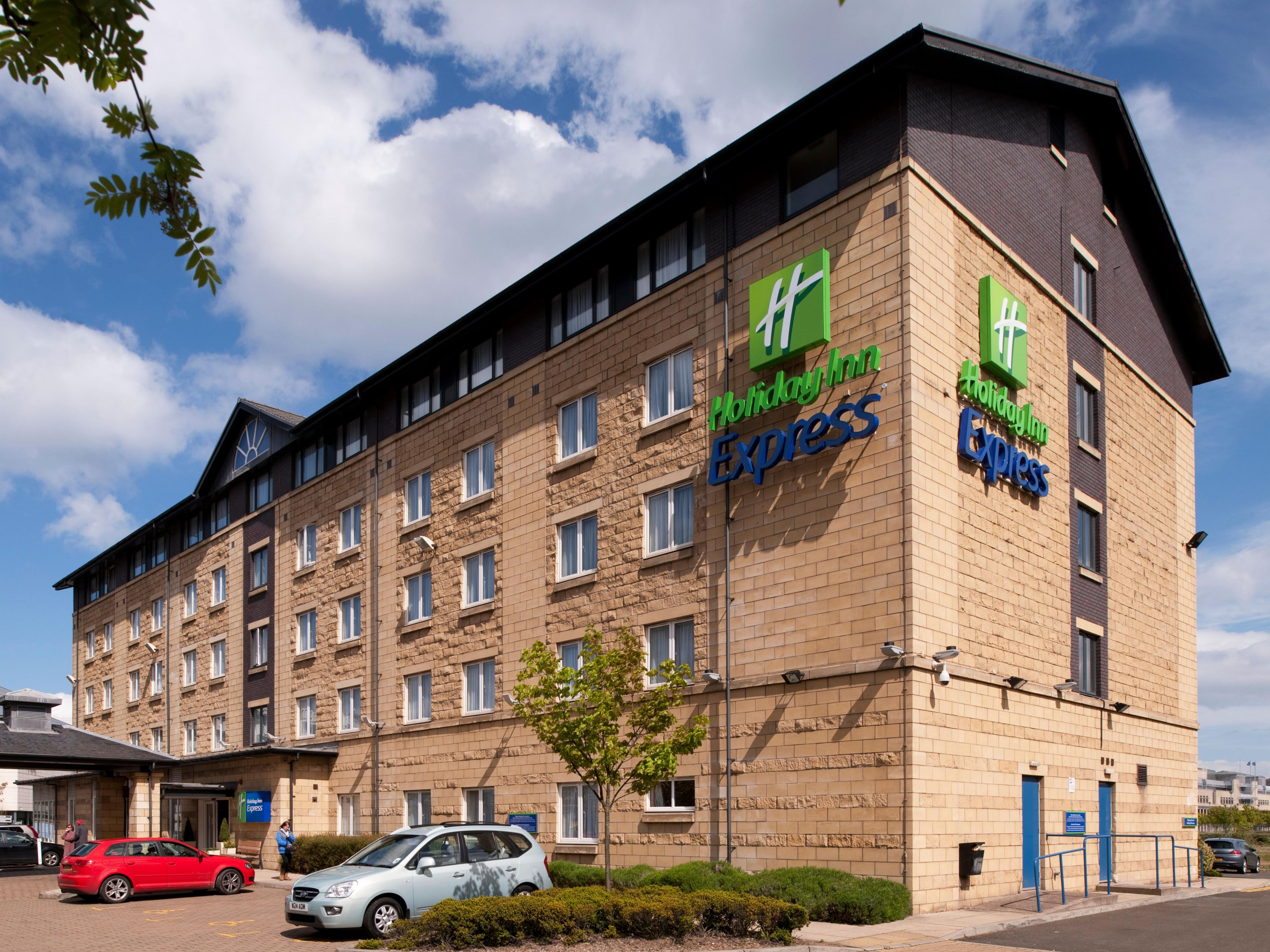 Welcome to Holiday Inn Express Edinburgh Waterfront