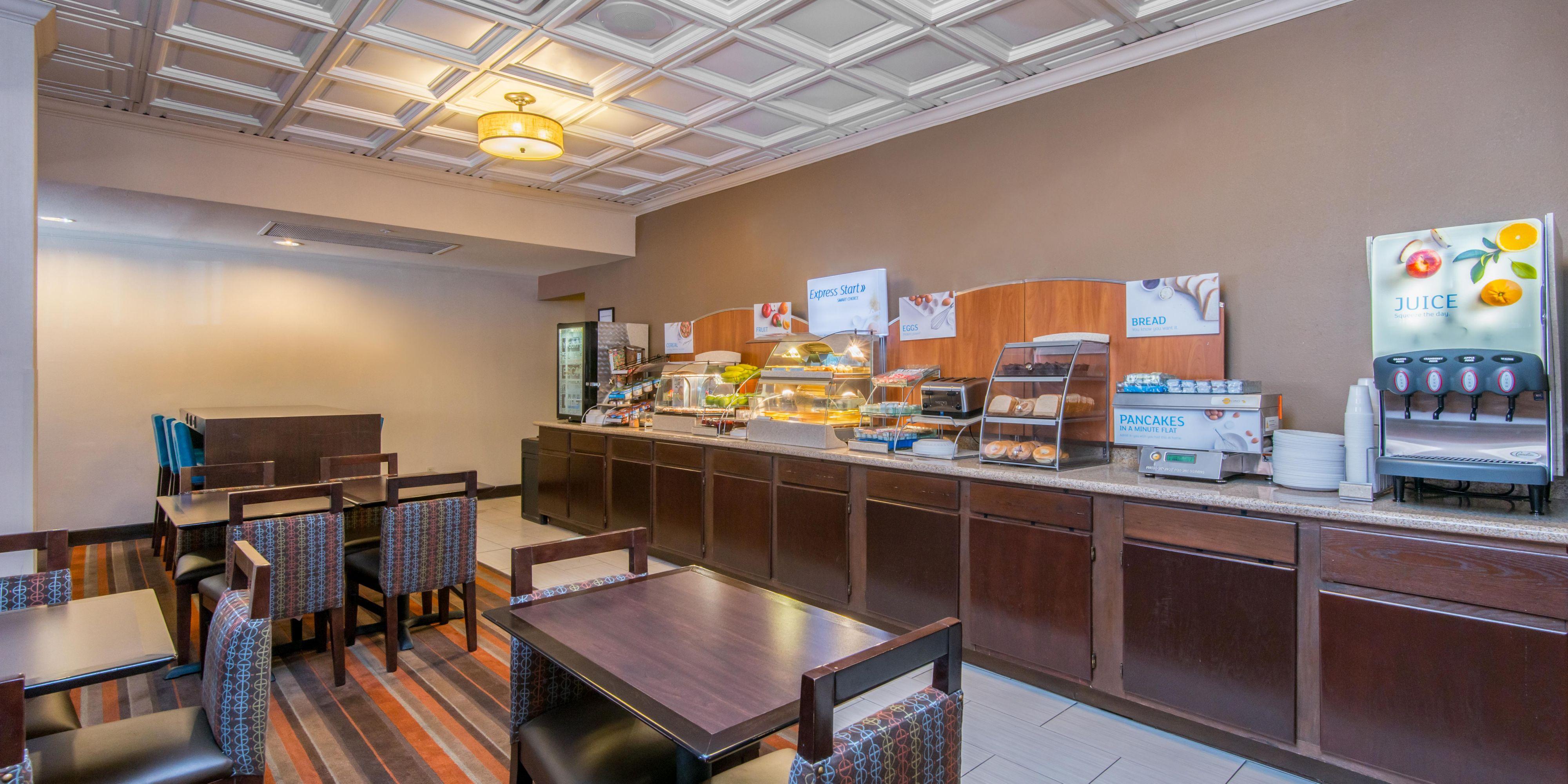 Holiday Inn Express El Paso-Central Hotel by IHG