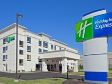 Holiday Inn Express Fishkill-Mid Hudson Valley in Danbury, Connecticut