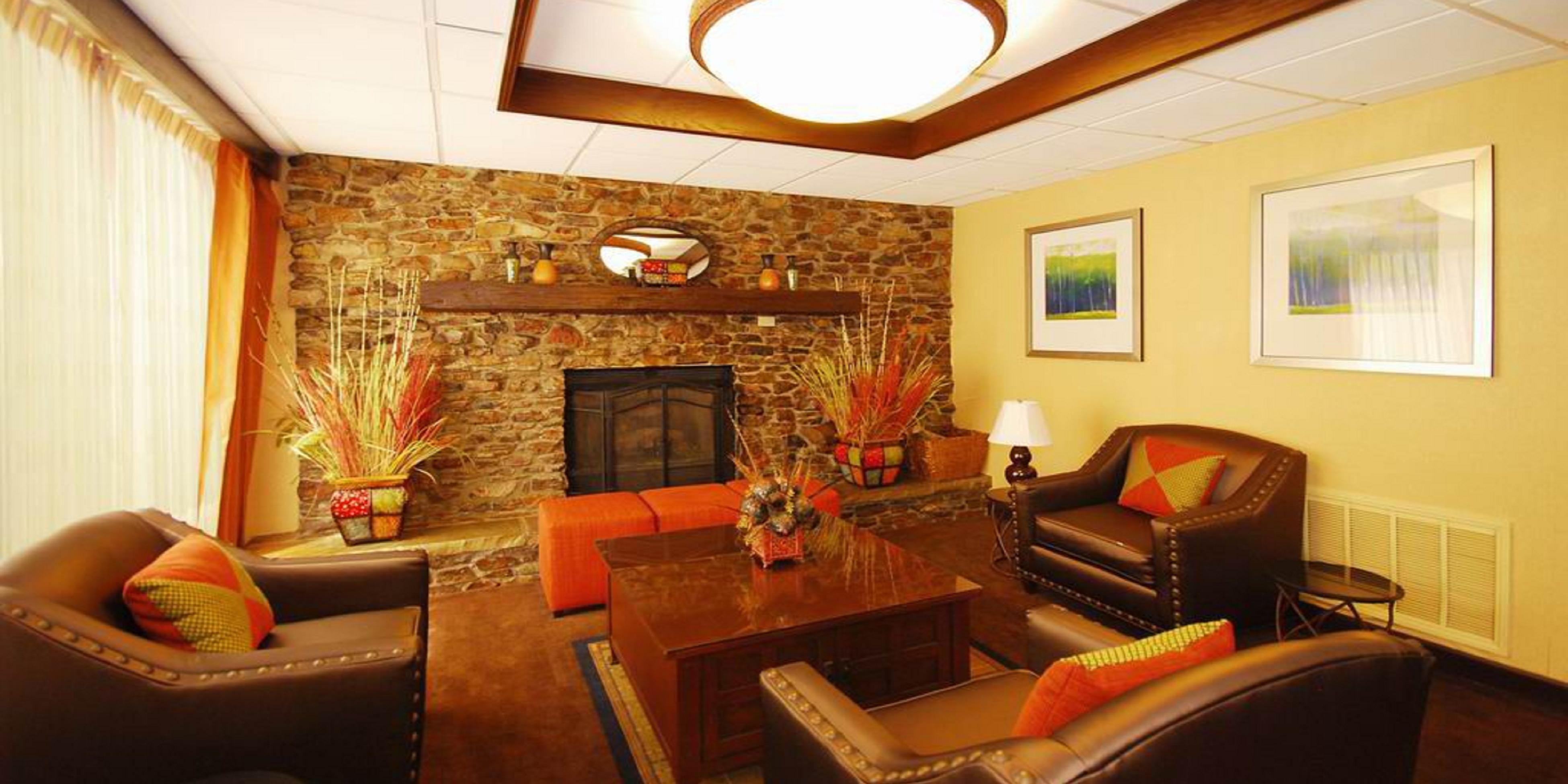Beau Holiday Inn Express Forsyth Hotel By IHG