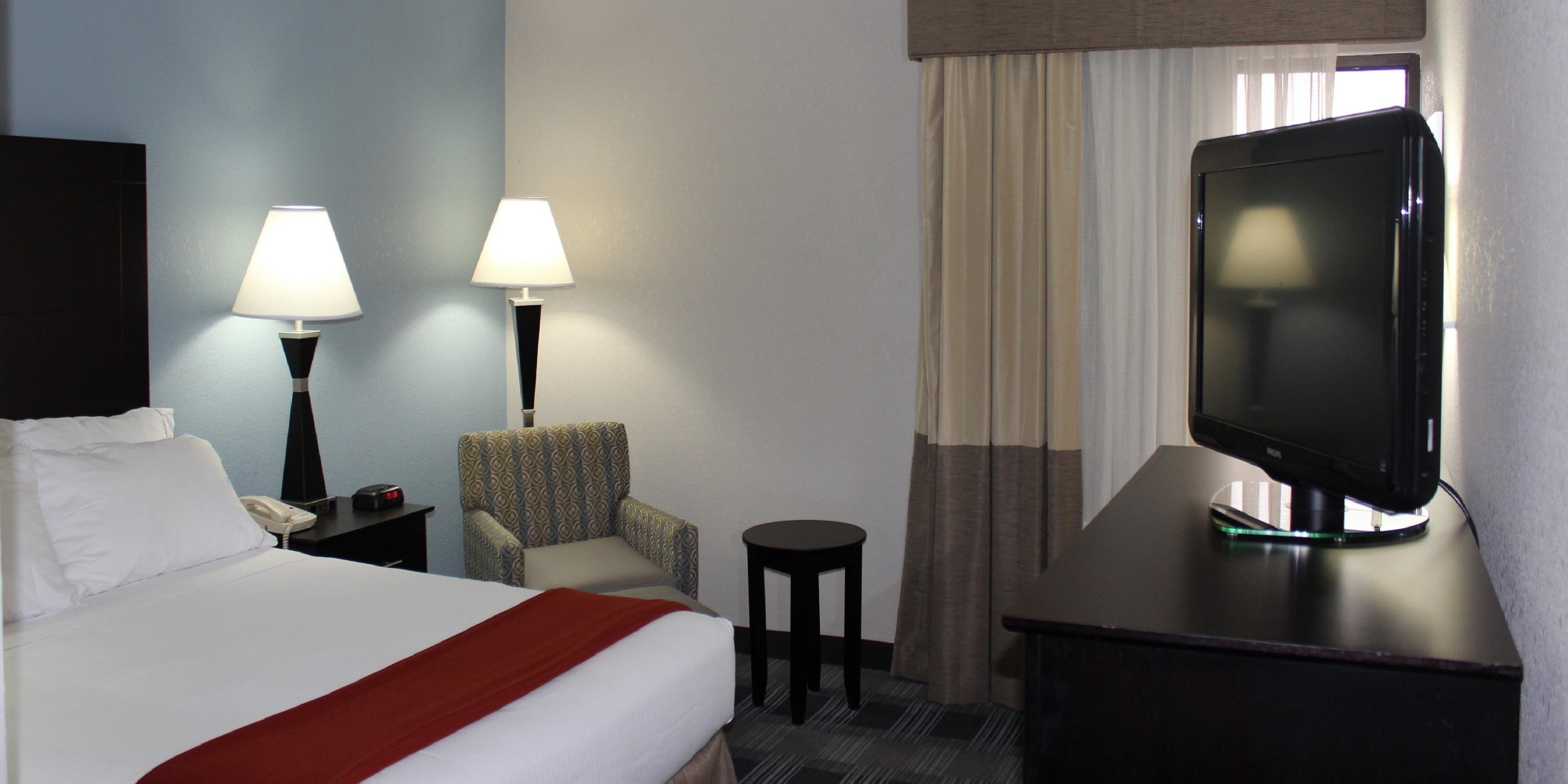 Holiday Inn Express Forsyth 3576335125 2x1
