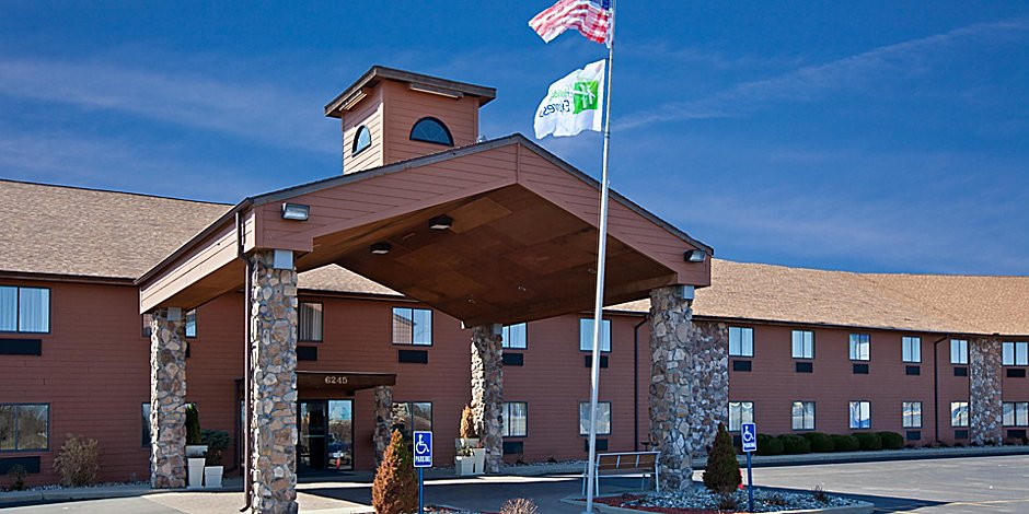 Holiday Inn Express Fremont (Angola Area) Hotel by IHG