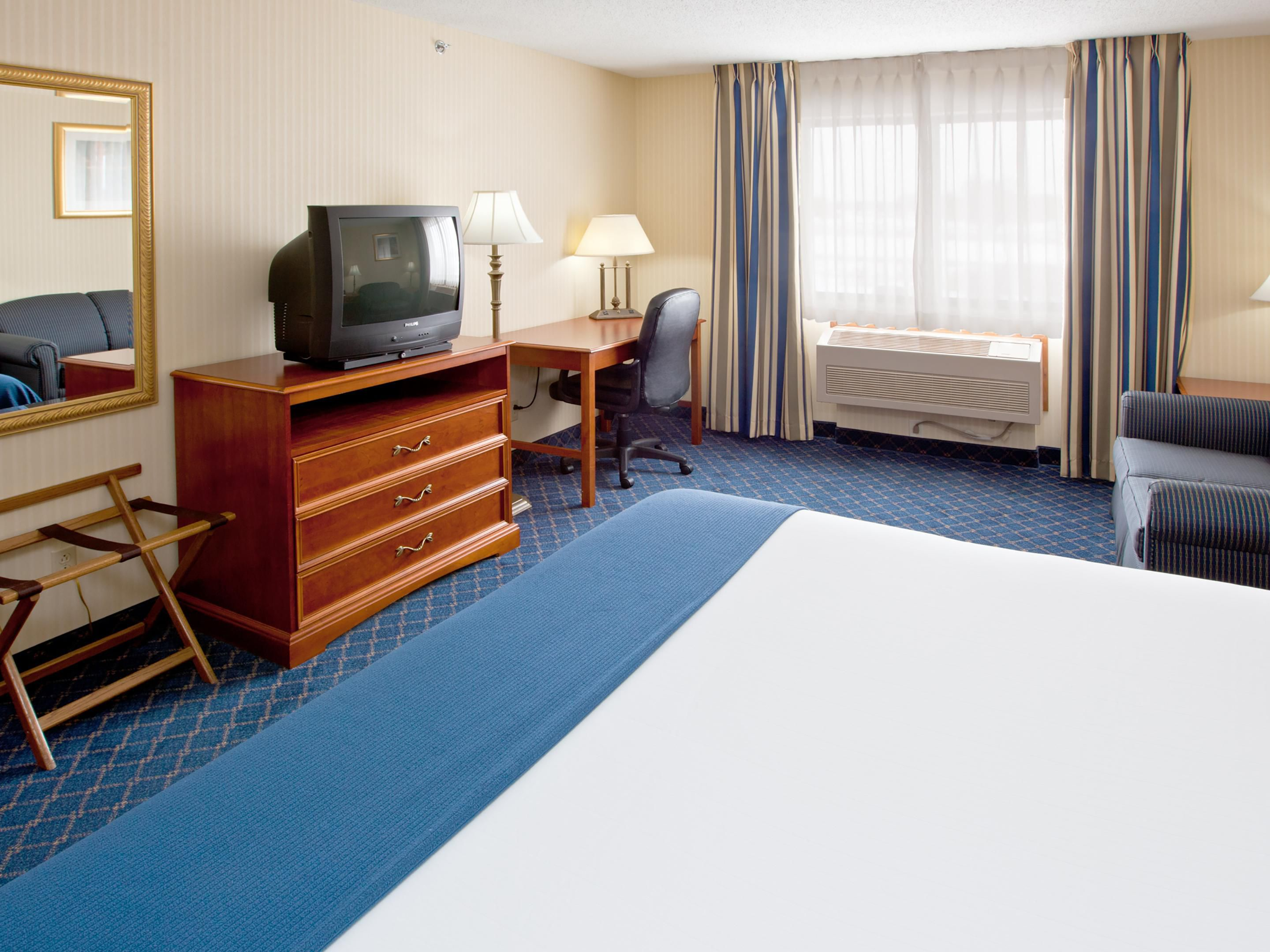 Standard room- we will do our best to meet  your bed type request