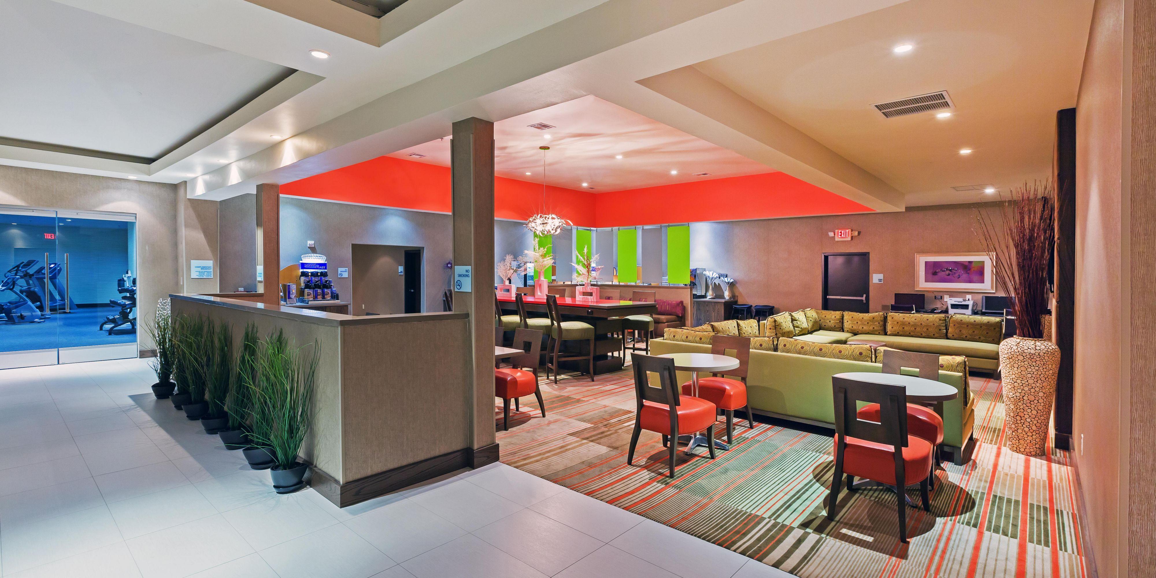 North Dallas Hotels in Frisco, TX | Holiday Inn Express Frisco