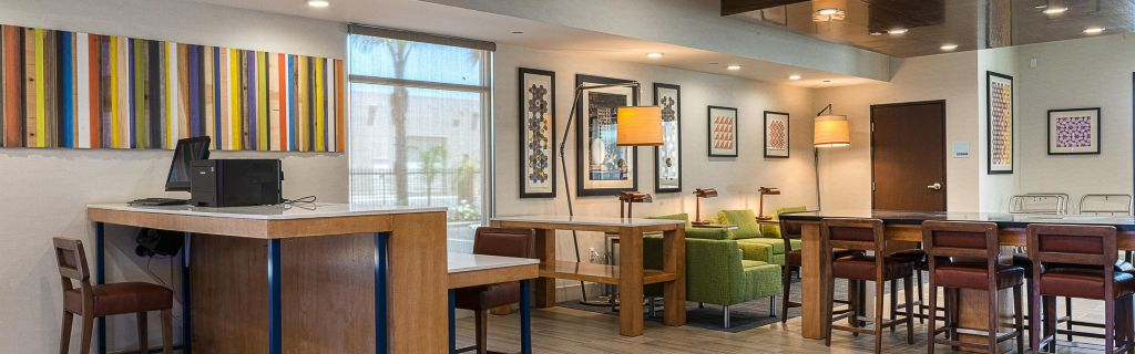 Holiday Inn Express Fullerton