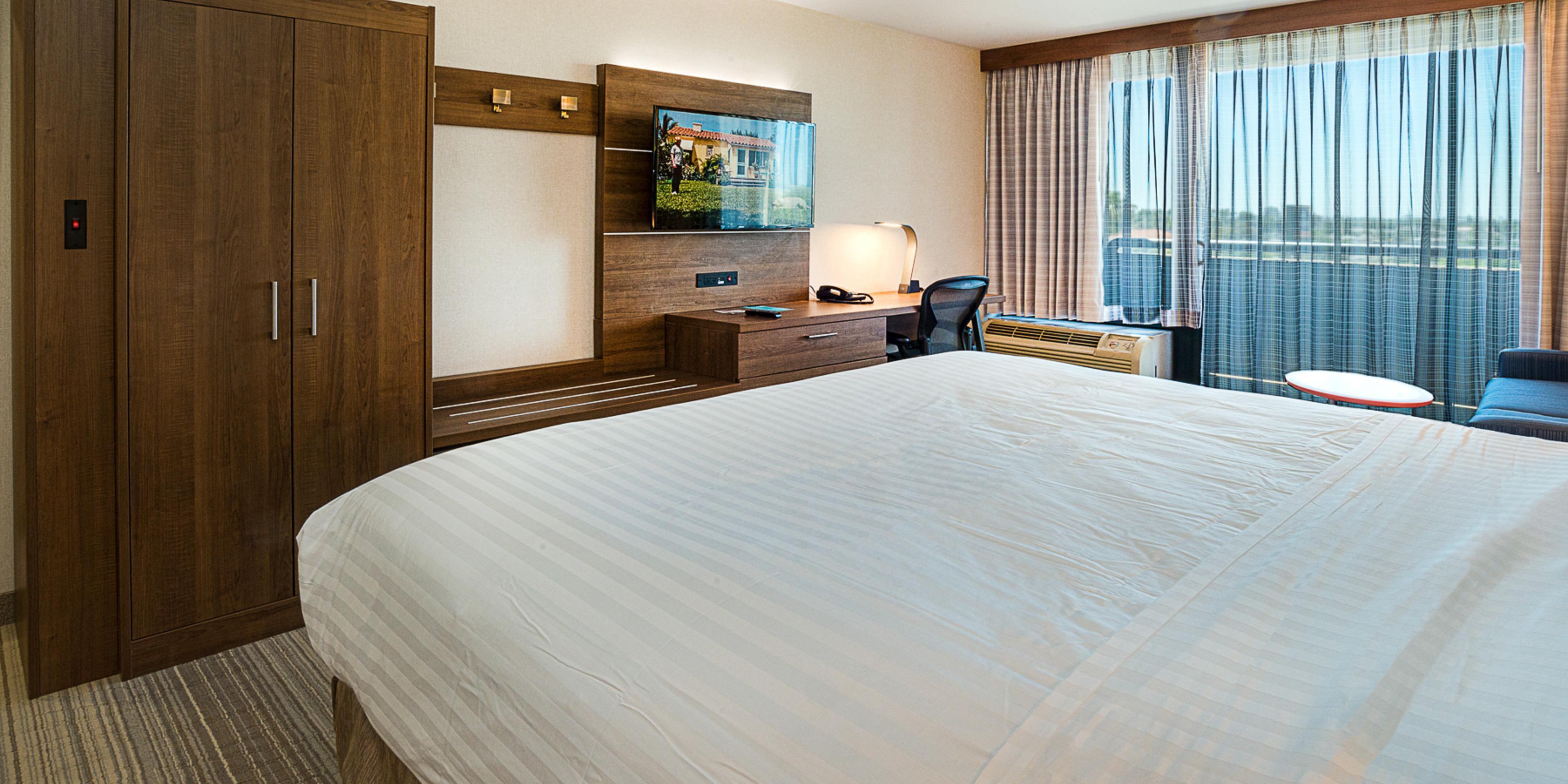 Fullerton Hotels near Anaheim   Holiday Inn Express