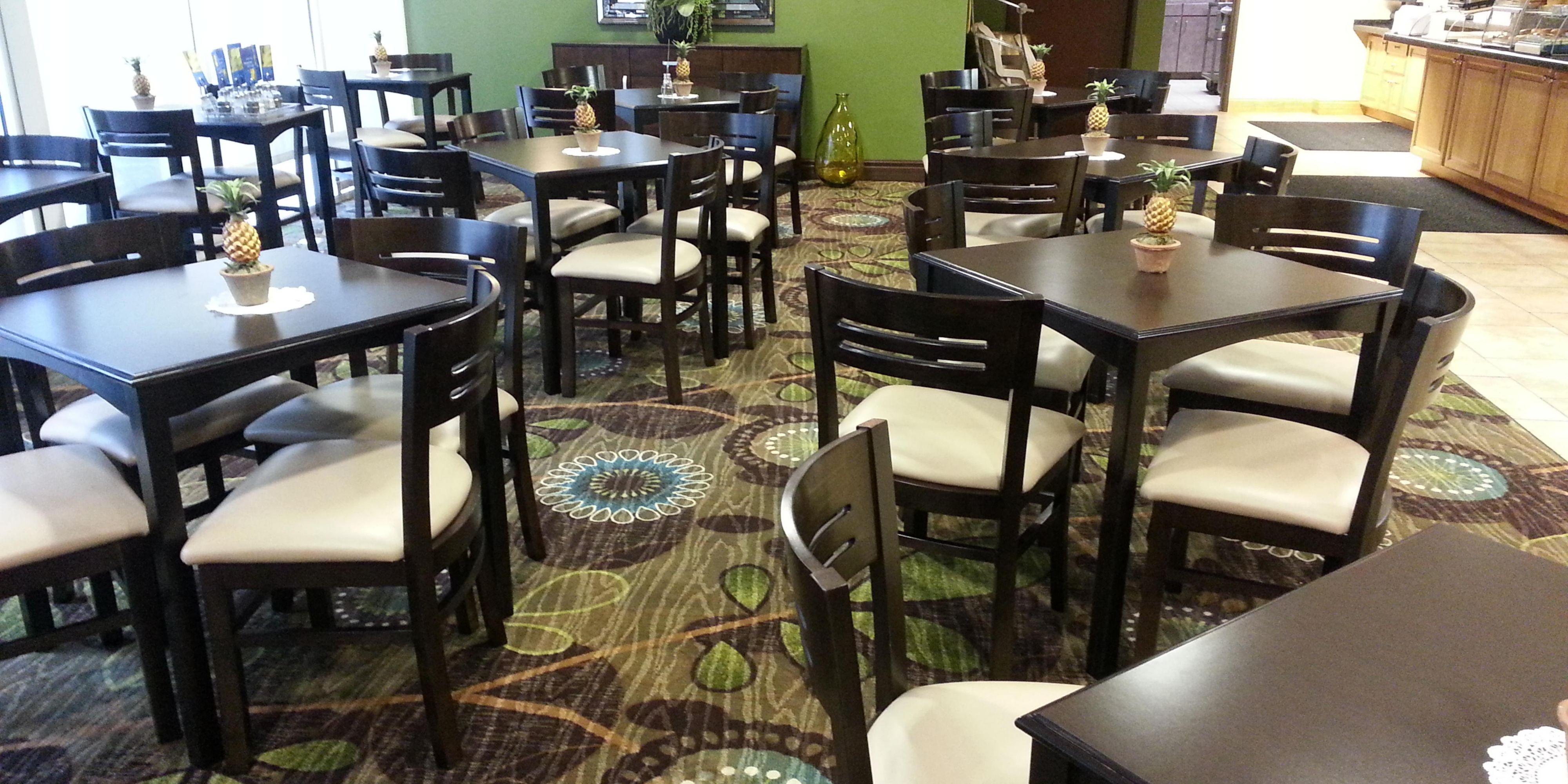 Holiday Inn Express Gainesville 5023977849 2x1