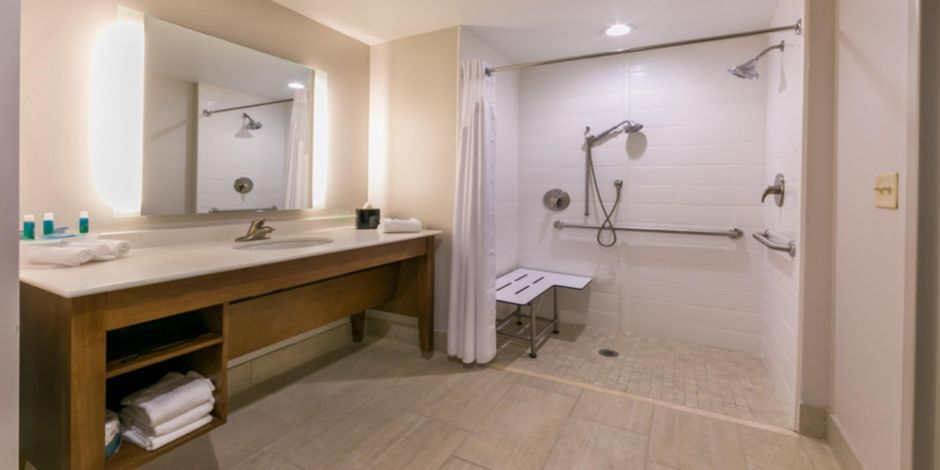Hotel Specials For Holiday Inn Express Gatlinburg Downtown