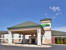 Holiday Inn Express Germantown (Nw Milwaukee) in New Berlin, Wisconsin
