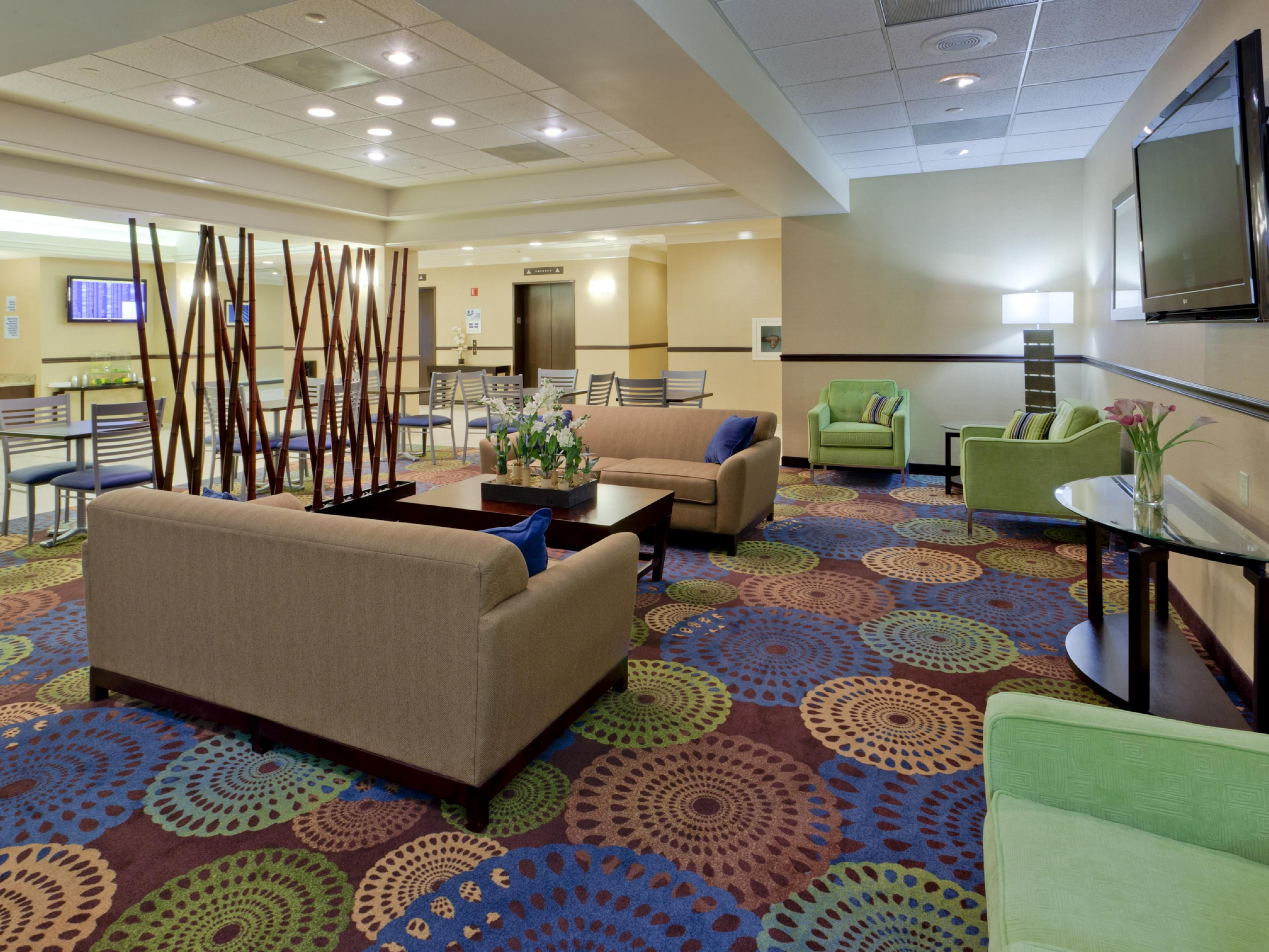 Relax and watch television in our cozy lobby seating area.