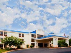 Holiday Inn Express Hillsborough (Durham Area) in Burlington, North Carolina