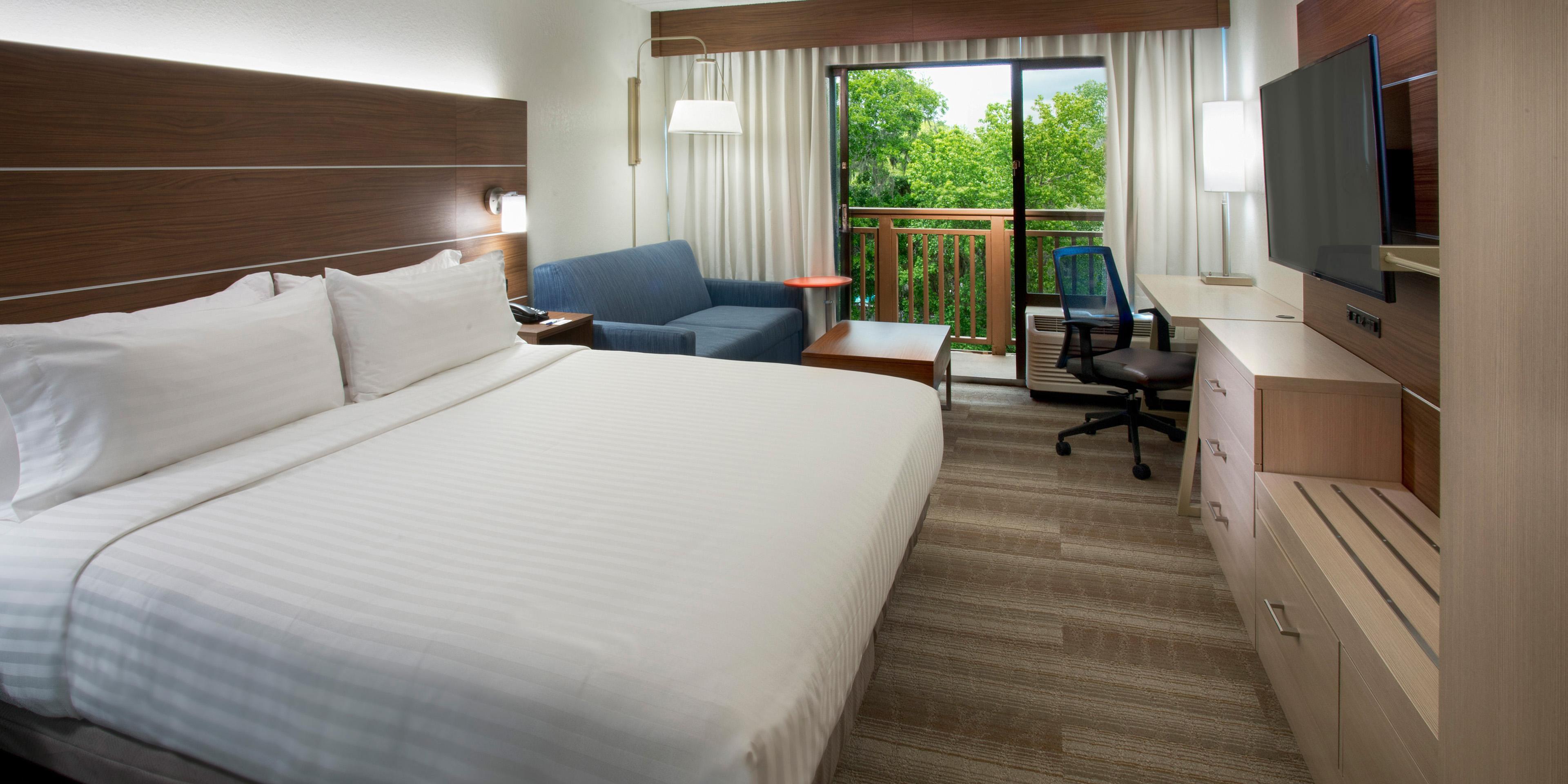Holiday Inn Express Hilton Head 4530263371 2x1