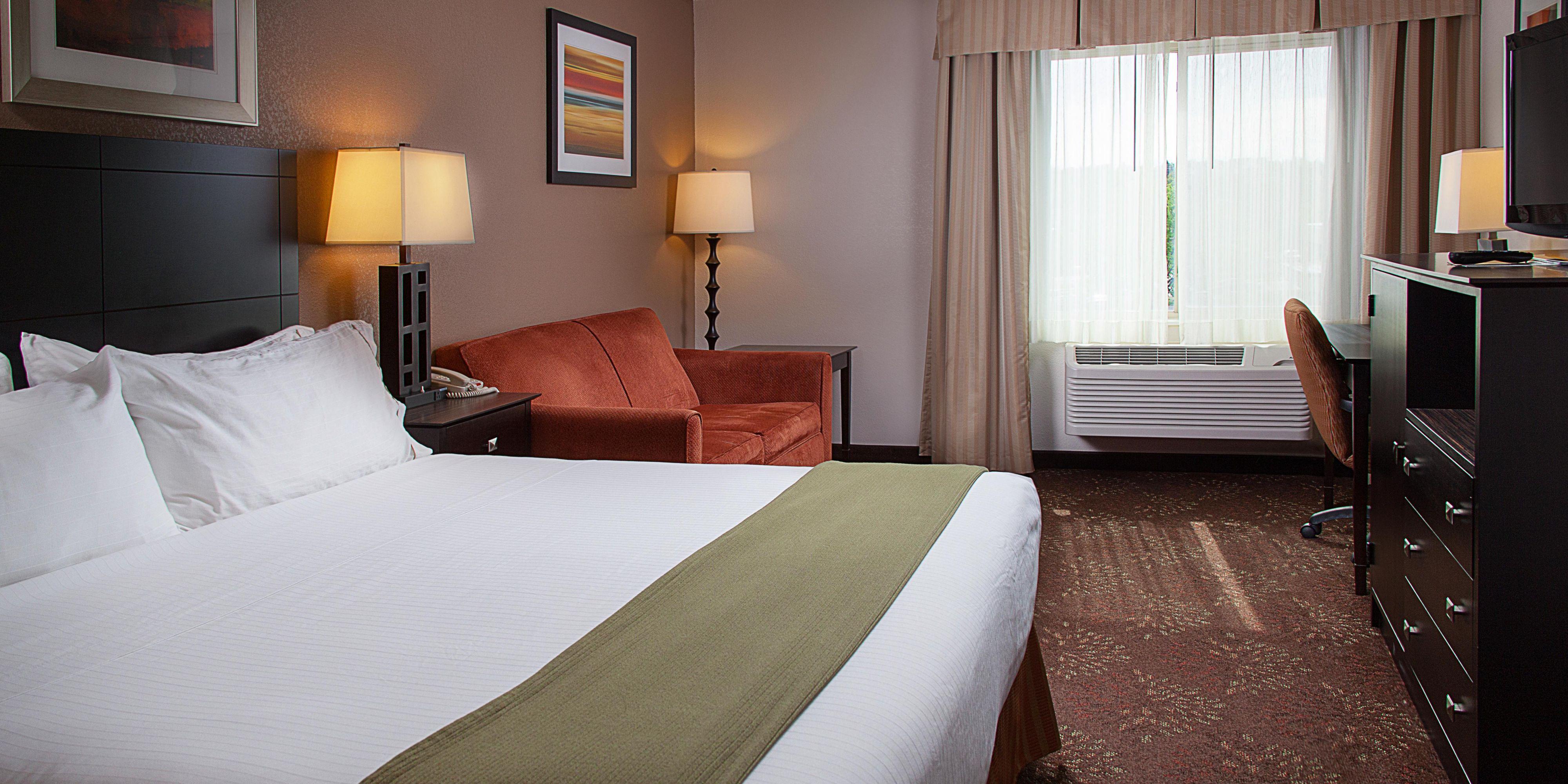 Restful nights pillows comfort inn comfort inn for Comfort inn hotel pillows