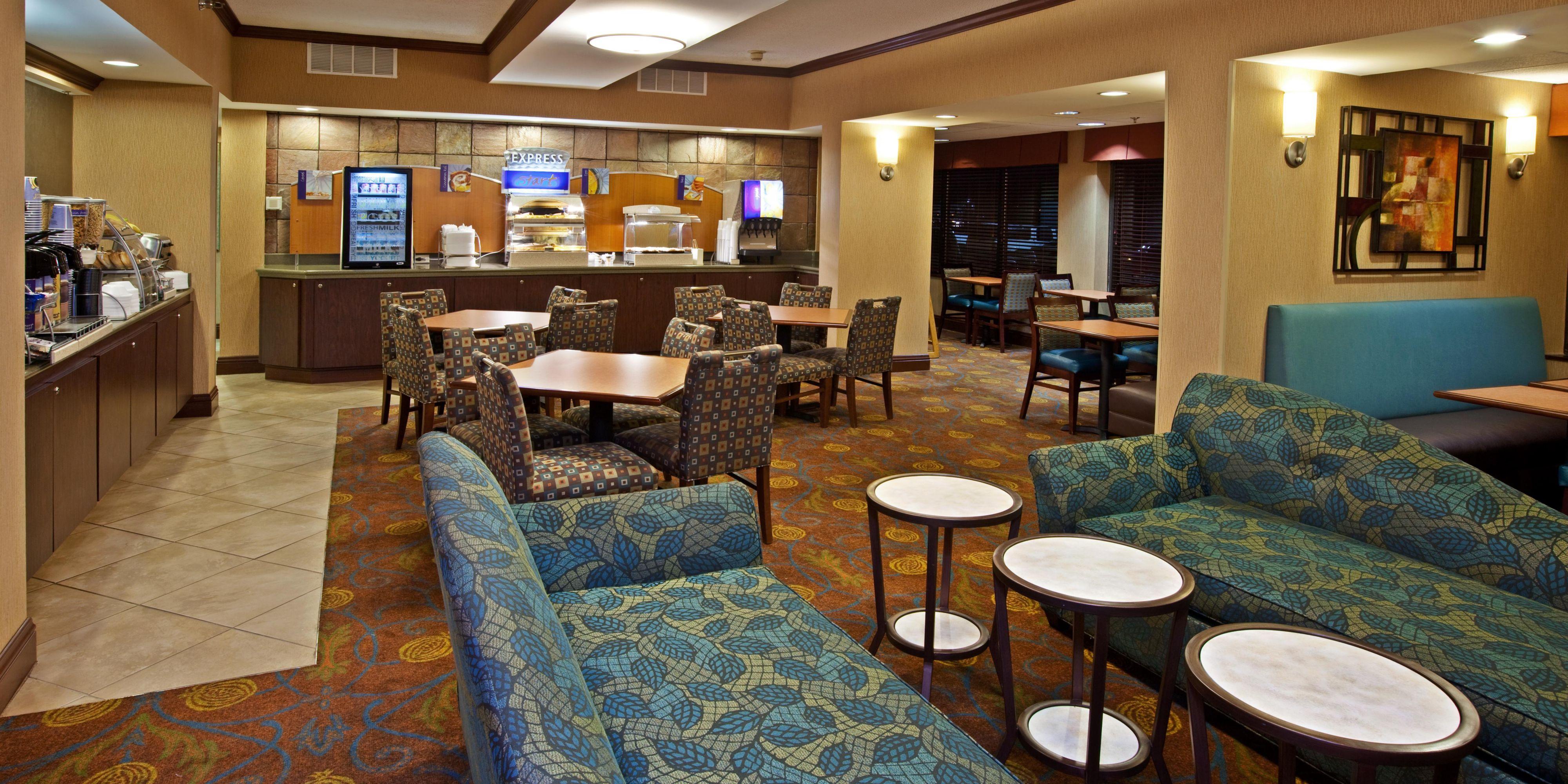 Holiday Inn Express Indianapolis 2532017650 2x1