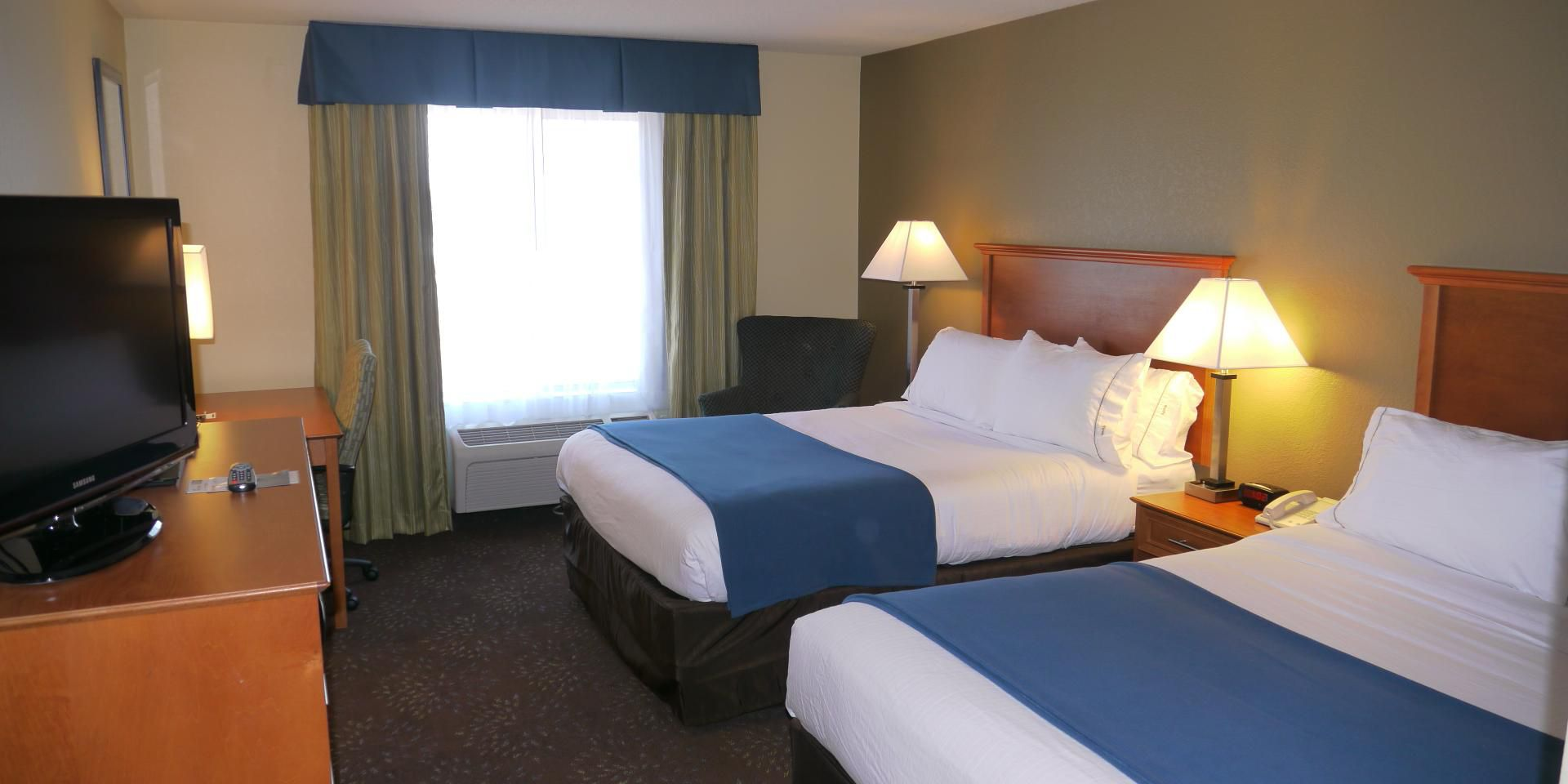 Holiday Inn Express Inver Grove Heights 2691309194 2x1