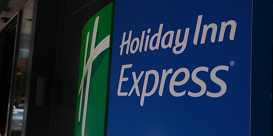 Holiday Inn Express Istanbul Atakoy Metro Hotel By Ihg