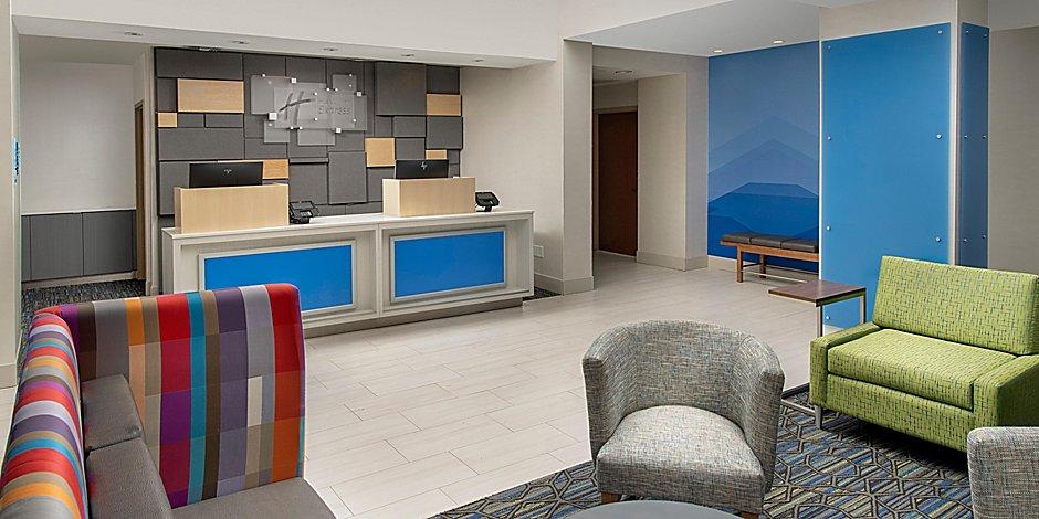 Hotel in Jacksonville Beach, Florida - Holiday Inn Express Beach Hotel