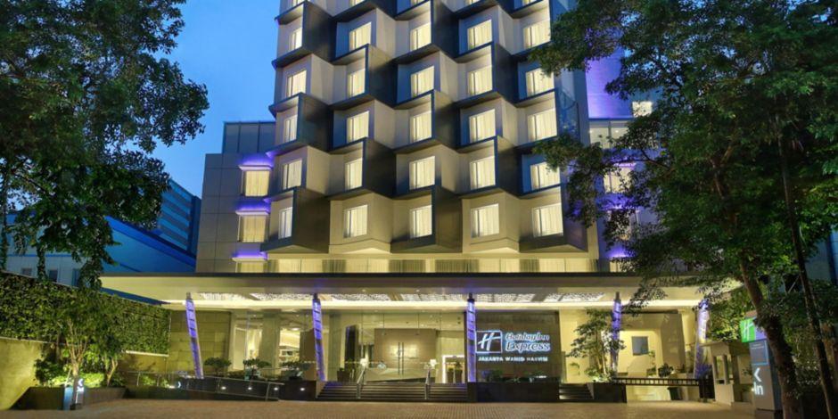 Hotel Exterior Of Holiday Inn Express Jakarta Wahid Hasyim