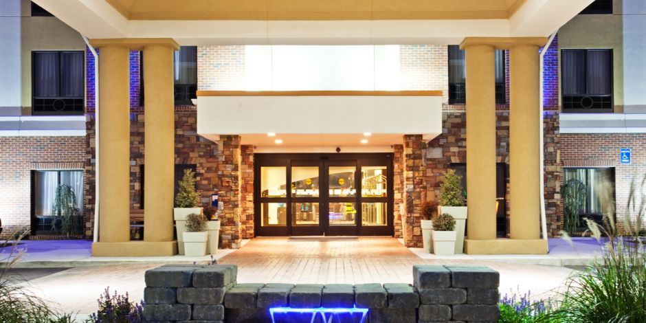 holiday inn express johnson city hotel by ihg