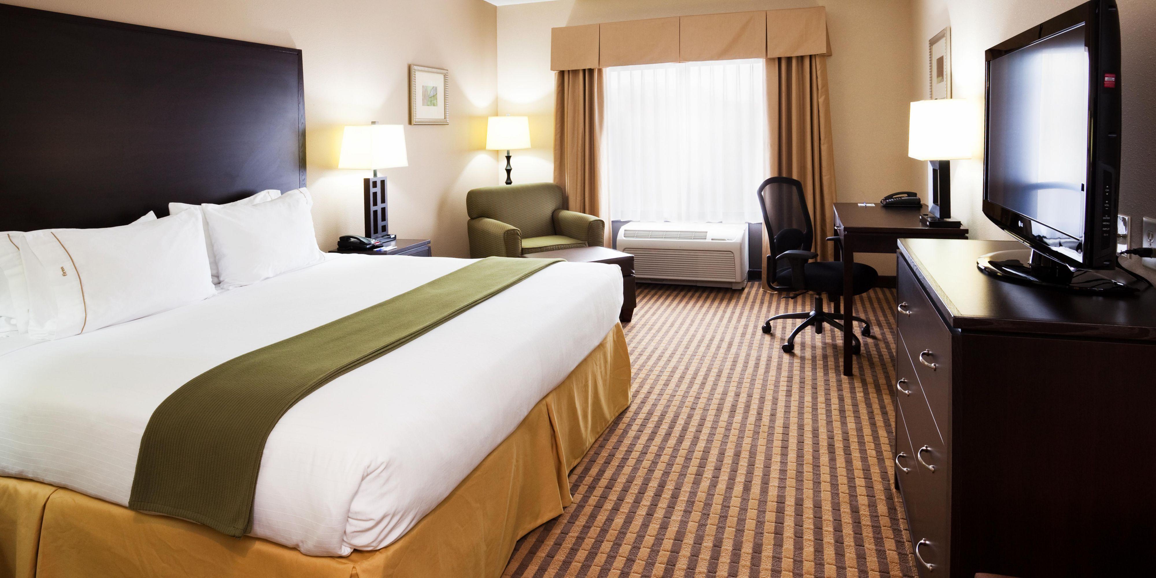 Holiday Inn Express Johnson City 4276775848 2x1