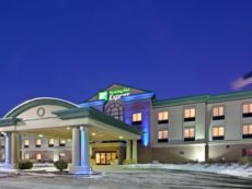 Holiday Inn Express Kansas City - Village West