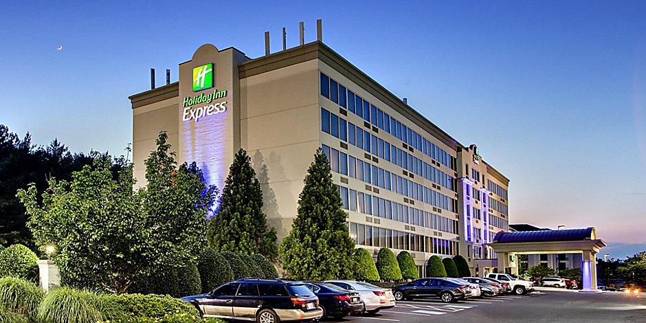 Atlanta-Kennesaw, GA Hotel - Holiday Inn Express & Suites