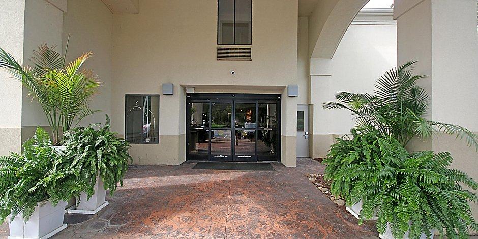 Holiday Inn Express Kernersville Hotel in Kernersville by IHG