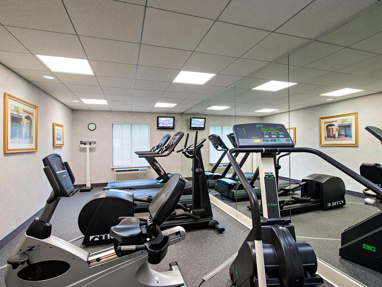 Fitness Center at Holiday Inn Express Langhorne-Oxford