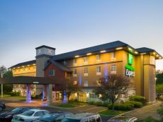 Holiday Inn Express Philadelphia NE - Langhorne in Bordentown, New Jersey