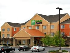 Holiday Inn Express Lapeer in Flint, Michigan