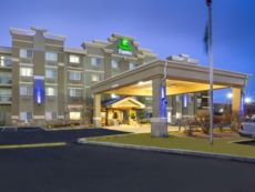 Holiday Inn Express 雷顿- I 15
