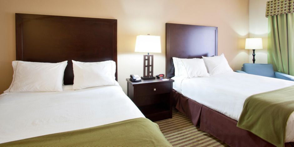 Holiday Inn Express Le Roy Bloomington Area Ihg Hotel