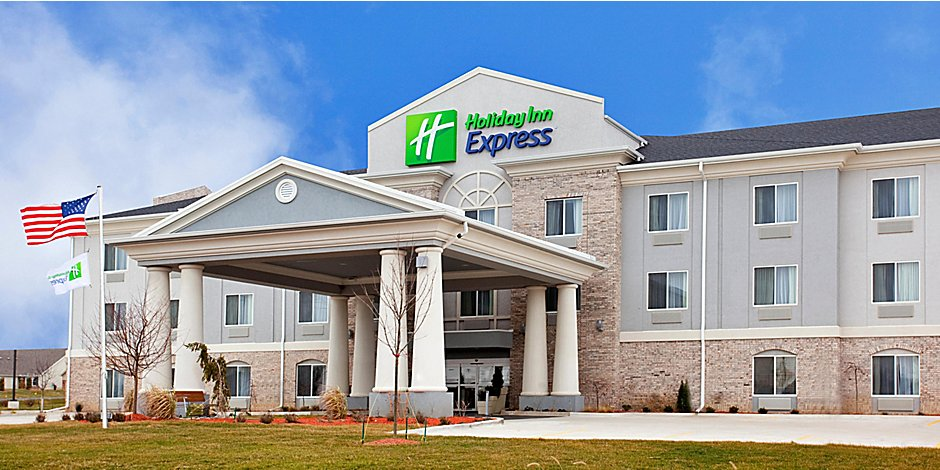 Holiday Inn Express Le Roy Bloomington Area Hotel By Ihg