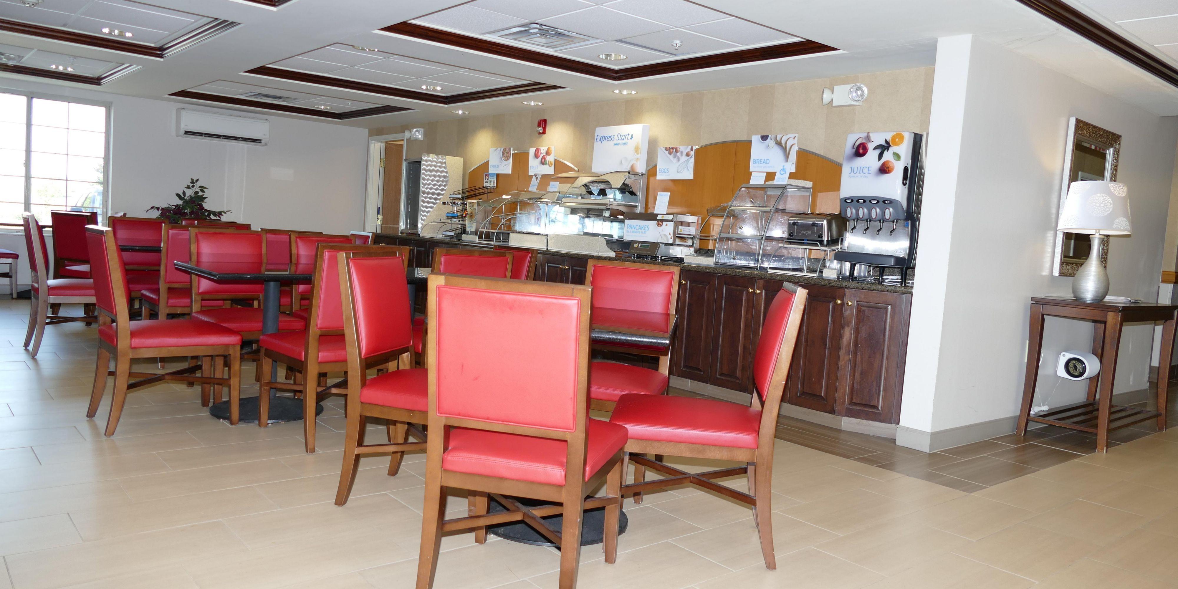 Holiday Inn Express Lebanon 5215493102 2x1