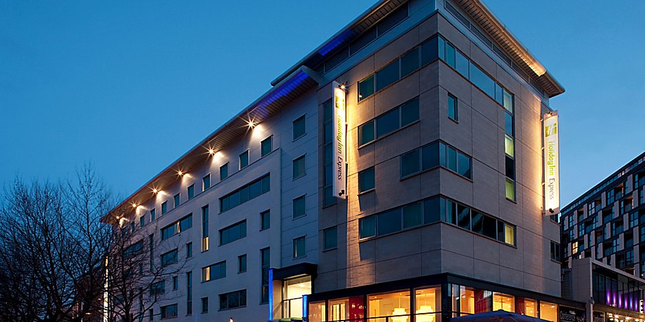 f499812524f Holiday Inn Express Hotel Leeds City Centre - Armouries