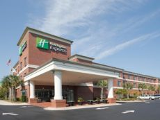 Holiday Inn Express Leland - Wilmington Area in Bolivia, North Carolina