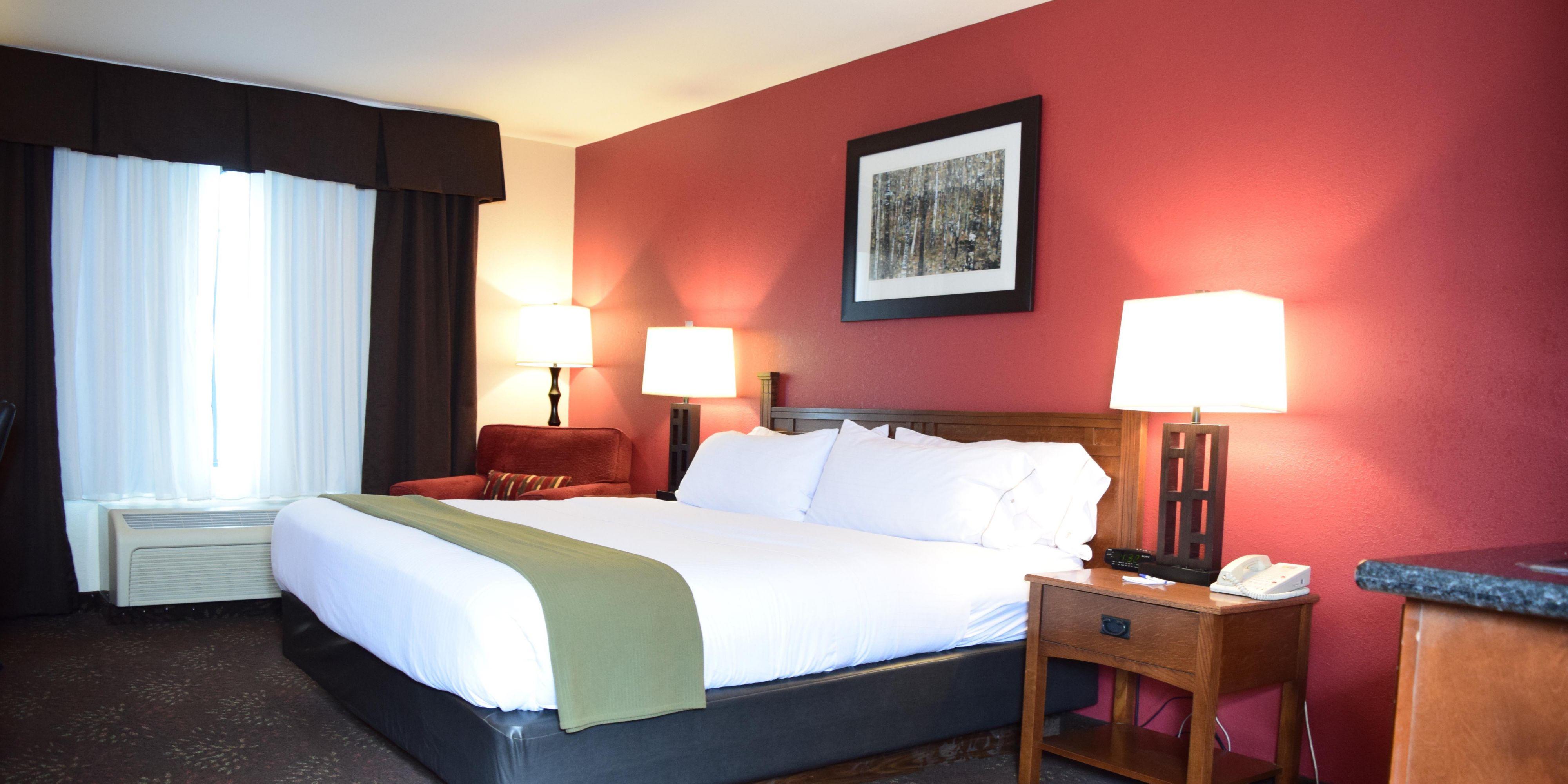 Holiday Inn Express Logan 3997289017 2x1