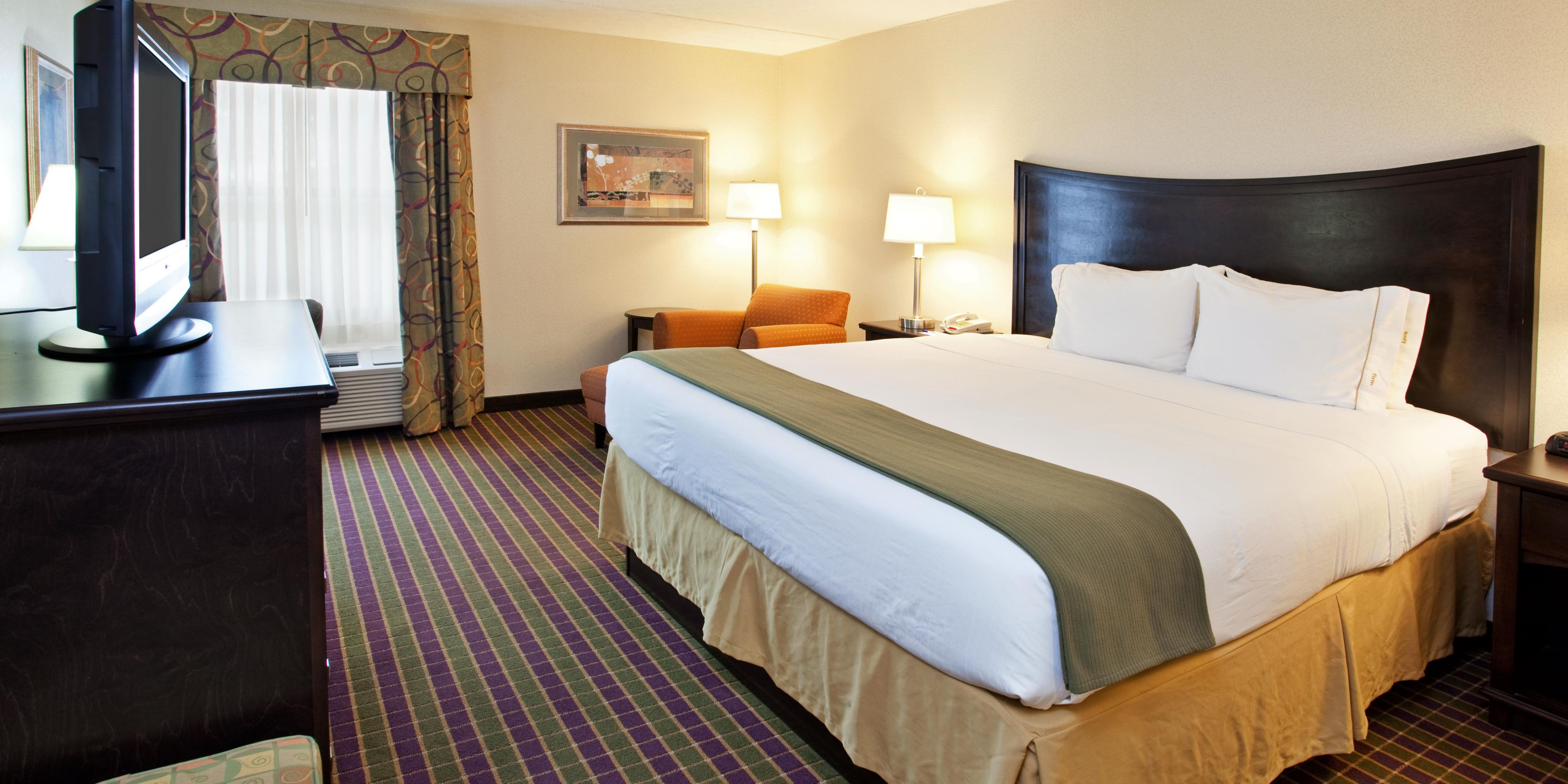 Holiday Inn Express London I 70 Hotel by IHG