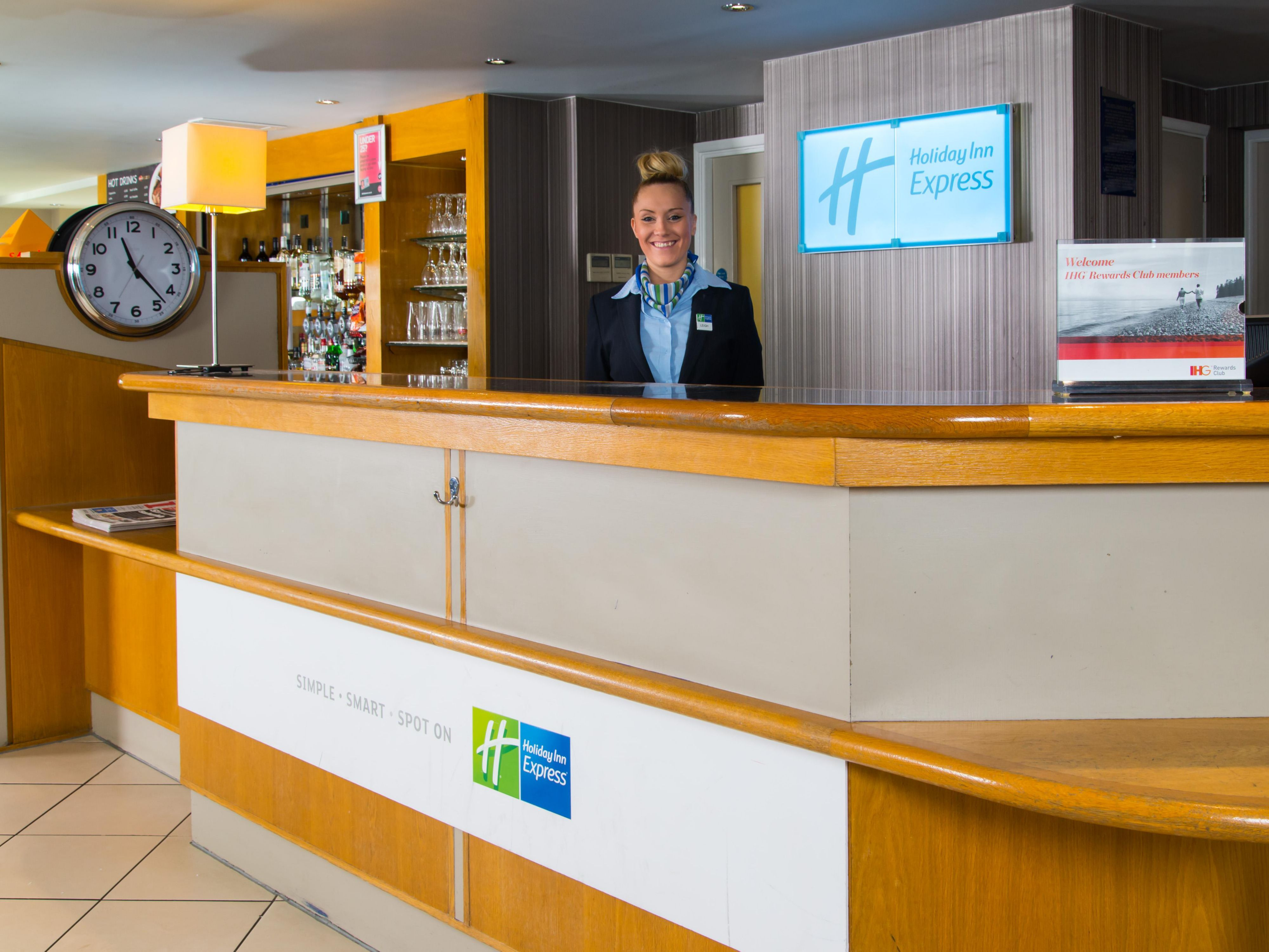 Service with a smile is guaranteed at our Luton Airport hotel