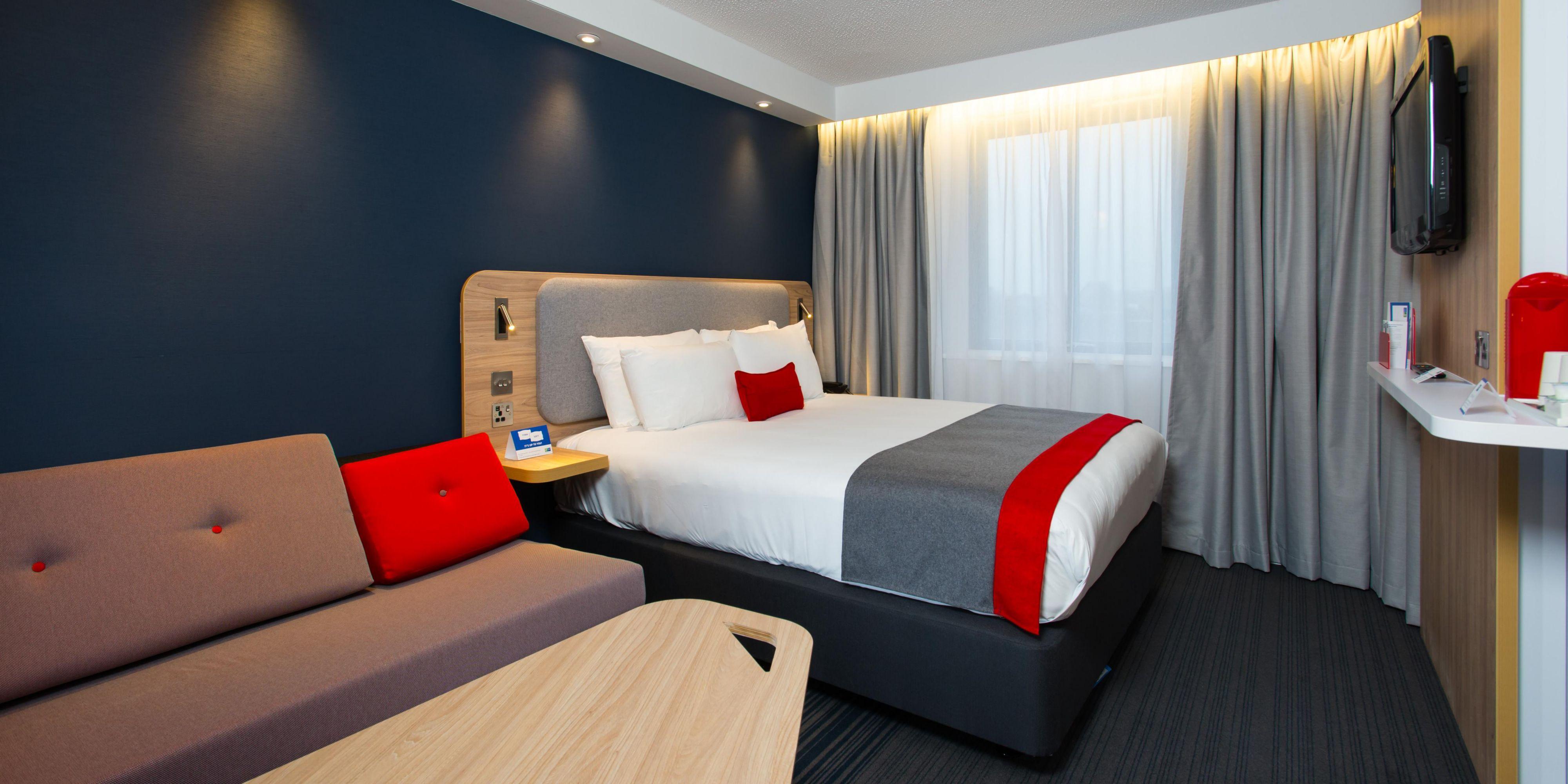 Holiday Inn Express Hotel London Luton Airport