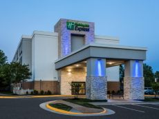 Holiday Inn Express Lorton