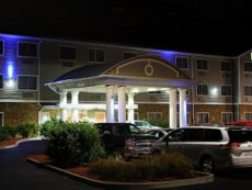 Holiday Inn Express Ludlow - Chicopee Area in Enfield, Connecticut