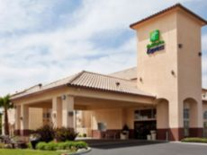 Holiday Inn Express Madera-Yosemite Pk Area in Clovis, California