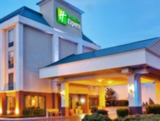 Holiday Inn Express Memphis Medical Center Midtown in Millington, Tennessee