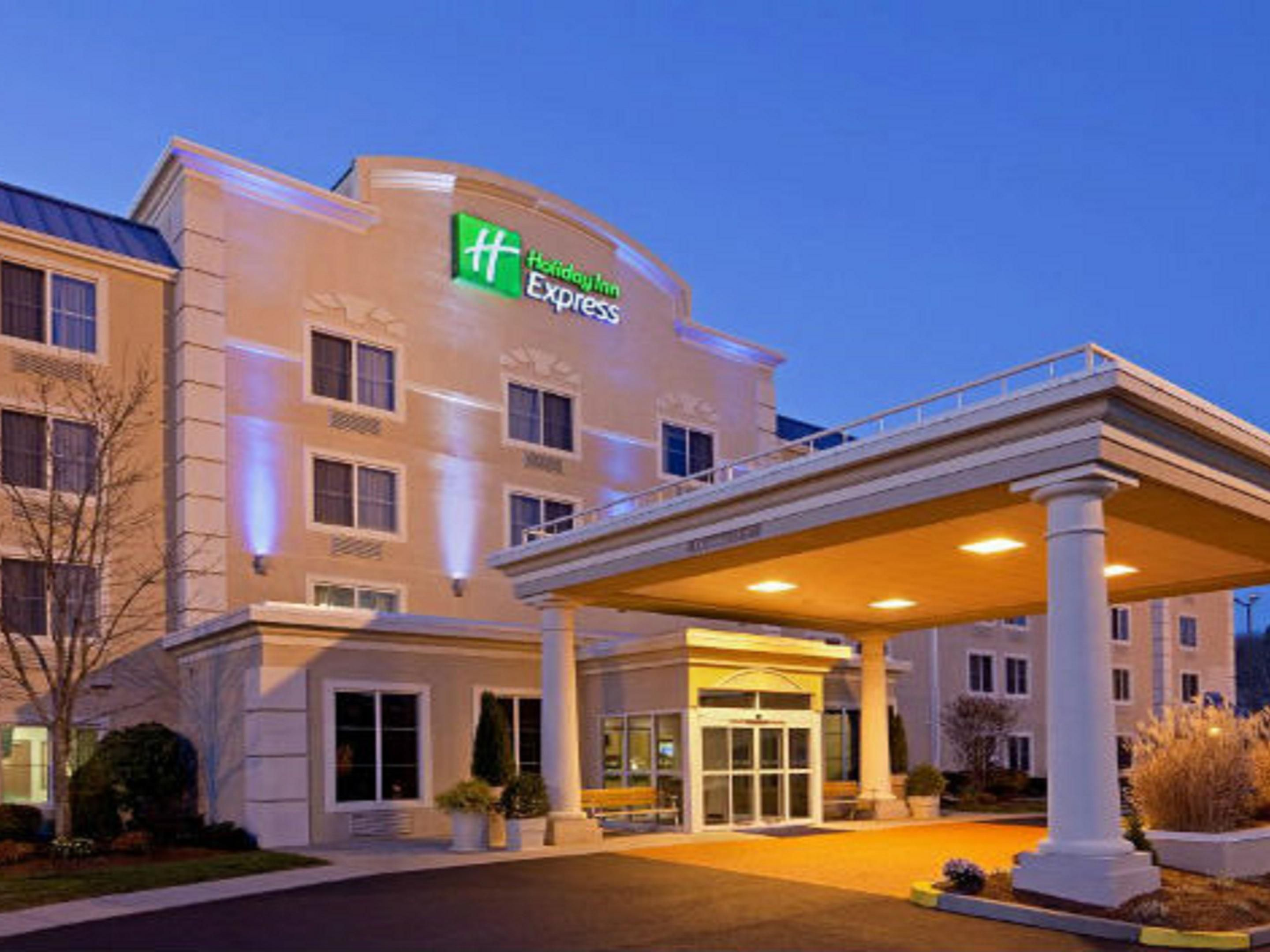 Welcome to the newly renovated Holiday Inn Express hotel!