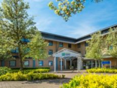 Holiday Inn Express Milton Keynes in Dunstable, United Kingdom