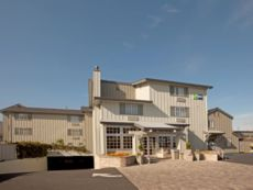 Holiday Inn Express Monterey-Cannery Row in Watsonville, California