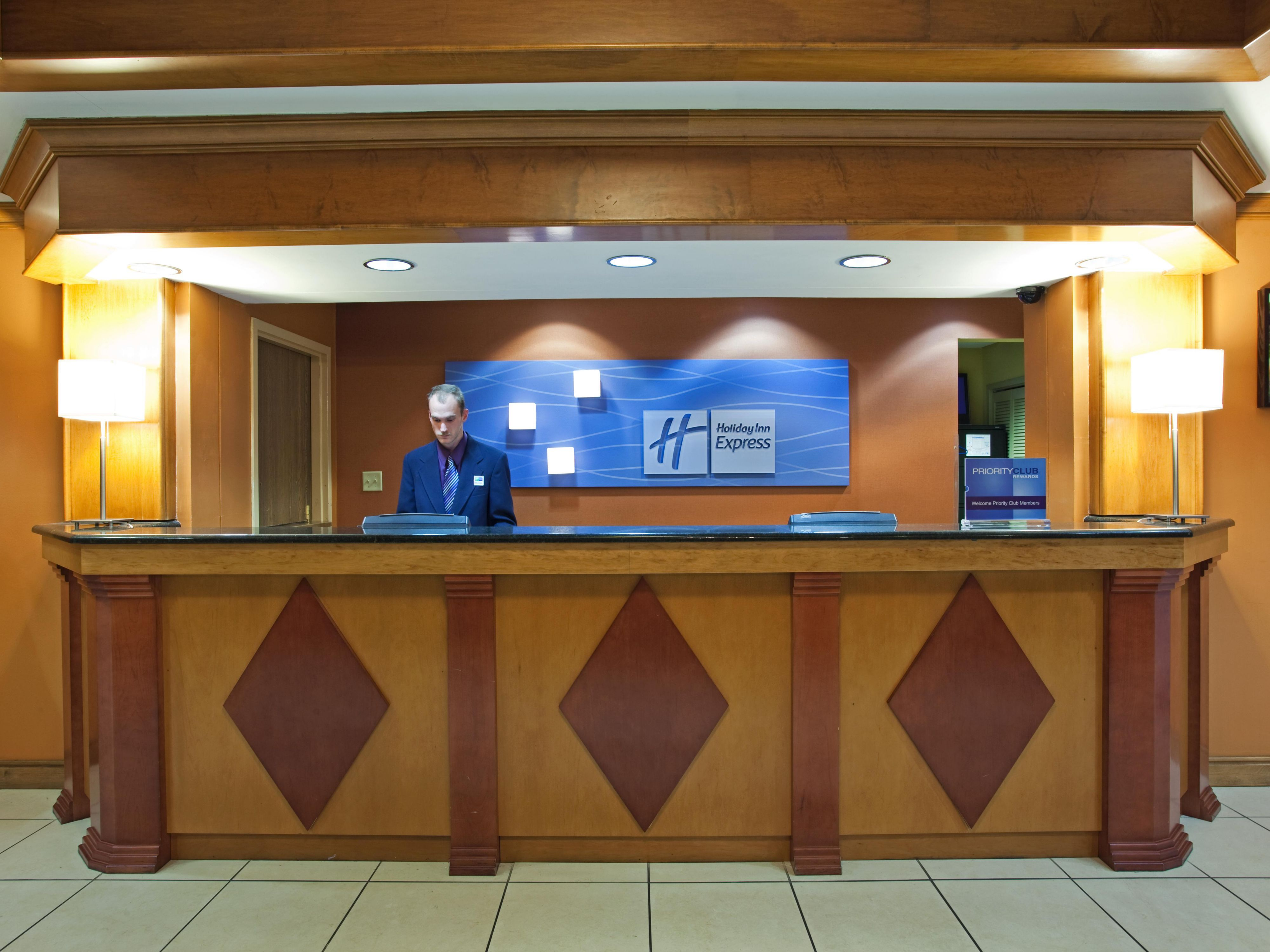 Holiday Inn Express Moss Point Front Desk