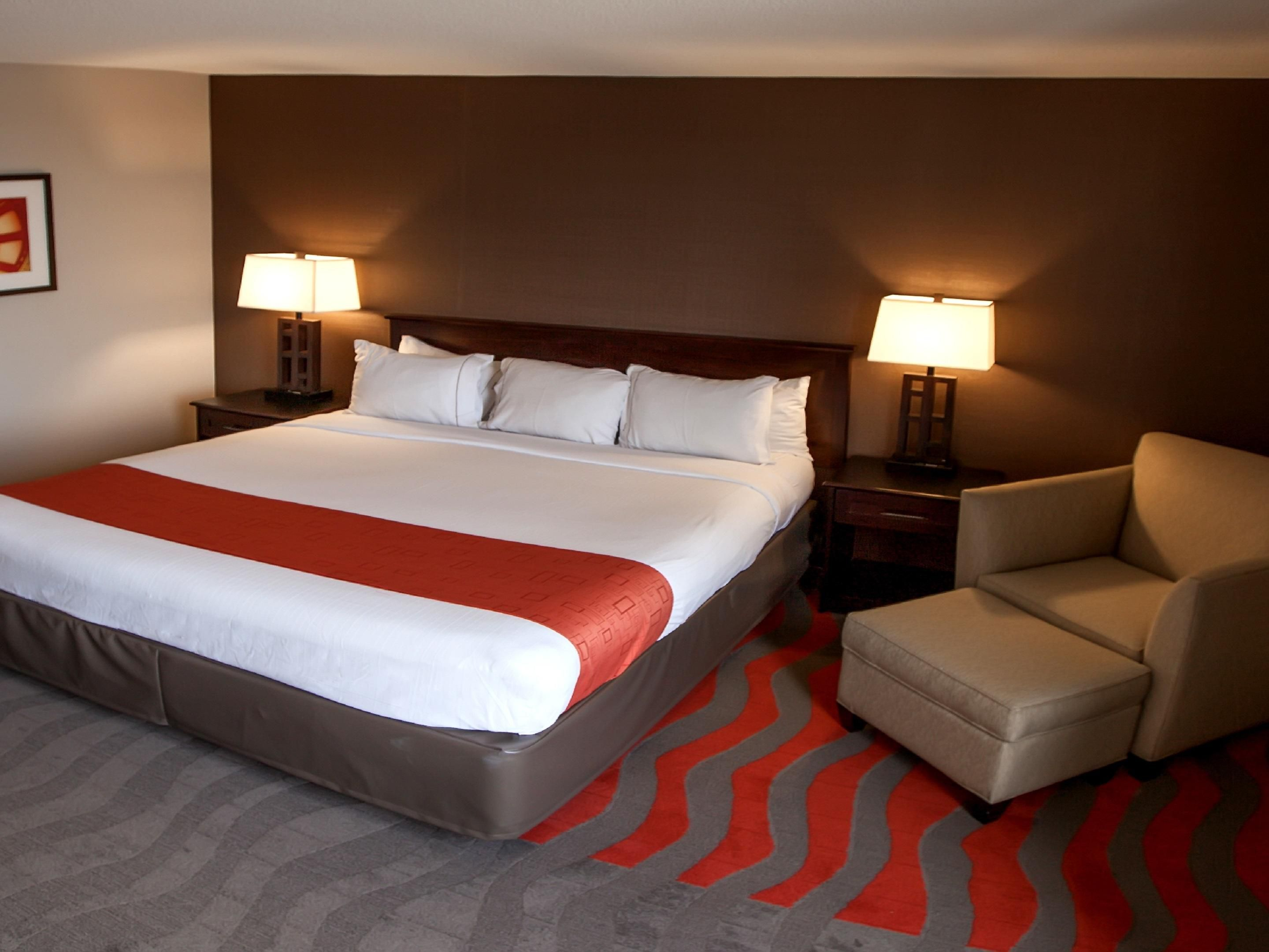 Newly Remodeled King Executive Room-Close to Ryman Auditorium