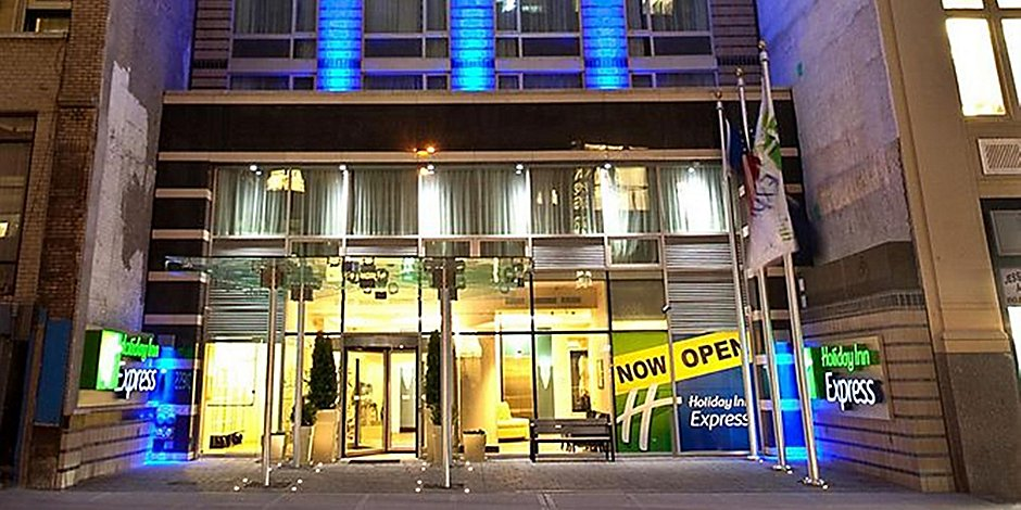 Midtown Hotels Near Herald Square Holiday Inn Express Times Square